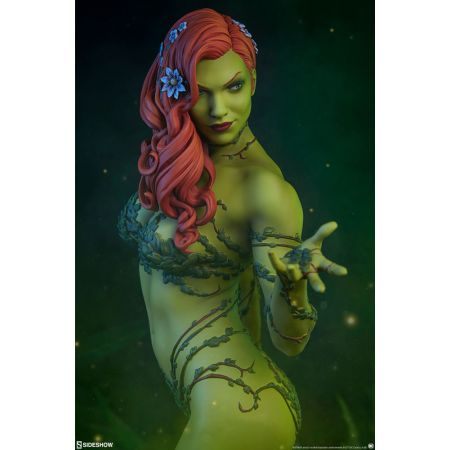 Poison Ivy Premium Format Figure Sideshow Collectibles 300487